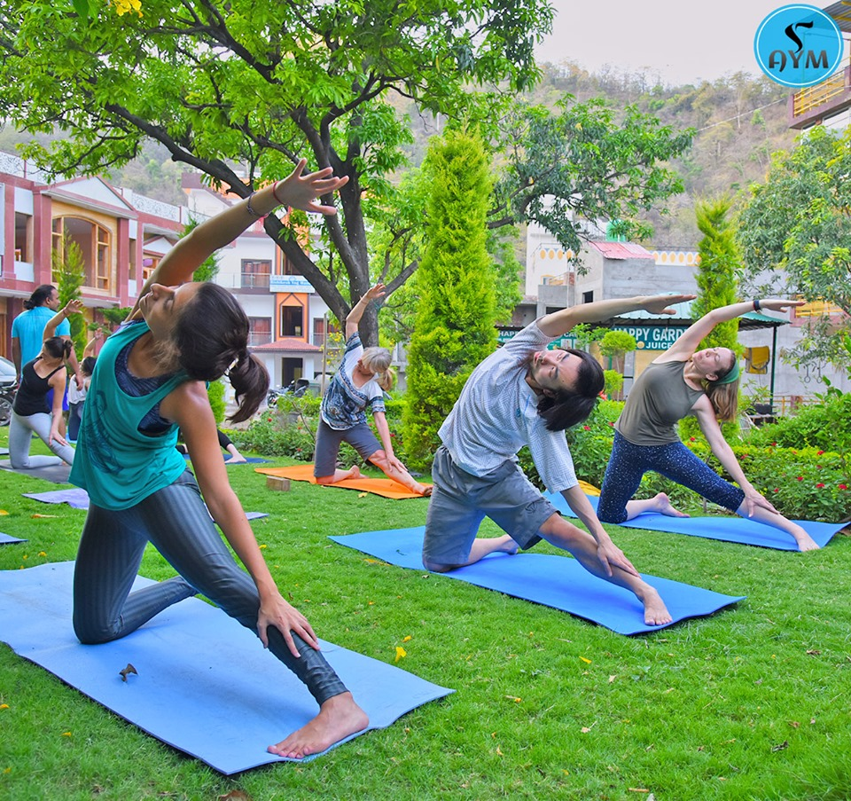 300-hour yoga teacher training in India, Rishikesh, Dehradun, Uttarakhand, India