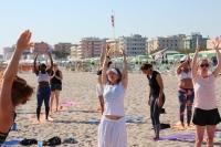 300 ore - Corsi intensivi e avanzati per insegnanti di Yoga - Italia (Sulla spiaggia)